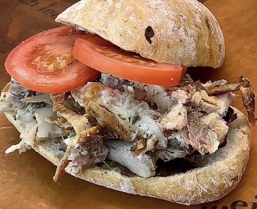 Aperol Spritz Bar Walking Tour tickets giveaway, una collaborazione eccezionale per il brunch del weekend e panini con la porchetta: ecco True Italian food news della settimana!
