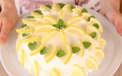 The perfect summery dessert straight from Campania: delizia al limone